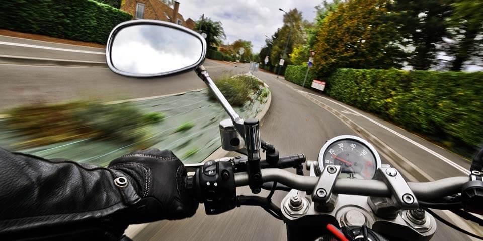 バイク用品メンテナンスグッズ ヘルメット レザーウェア 消臭スプレー ZEIBE セイベ 日本総代理店